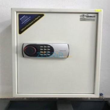 DIPLOMAT SAFE KC100