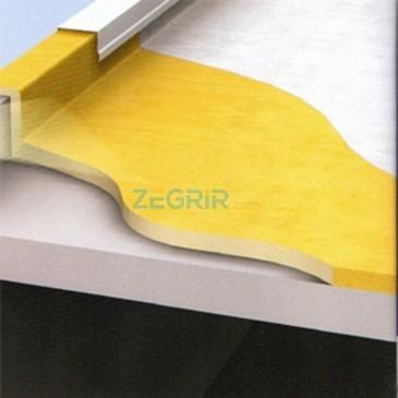 Isolation thermique (mousse de polyurèthane sur béton)